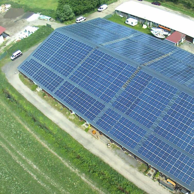 http://Photovoltaik-Dachanlage