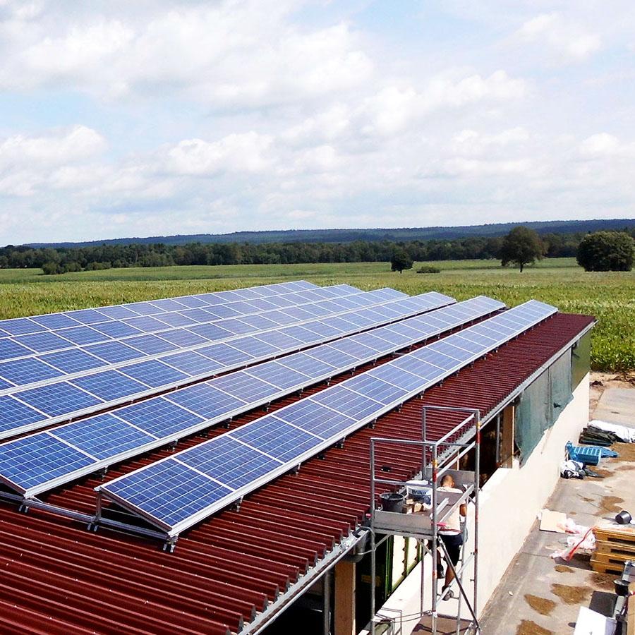 http://Photovoltaik%20mit%20hohen%20Qualitätsstandards%20und%20transparenter%20Kostenkalkulation