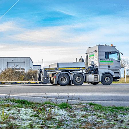 http://Transporte%20von%20Beregnungsanlagen,%20Bau-%20und%20Forstmaschinen,%20uvm.